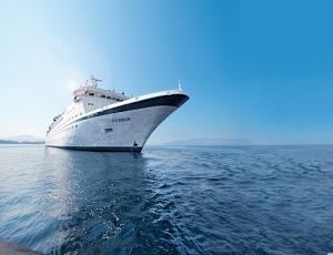 """FTI Cruises beschenkt Stammgäste der ehemaligen """"MS Berlin"""""""