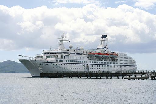 Rund um Afrika mit den kleinen Kreuzfahrtschiffen MS Deutschland oder MS Astor