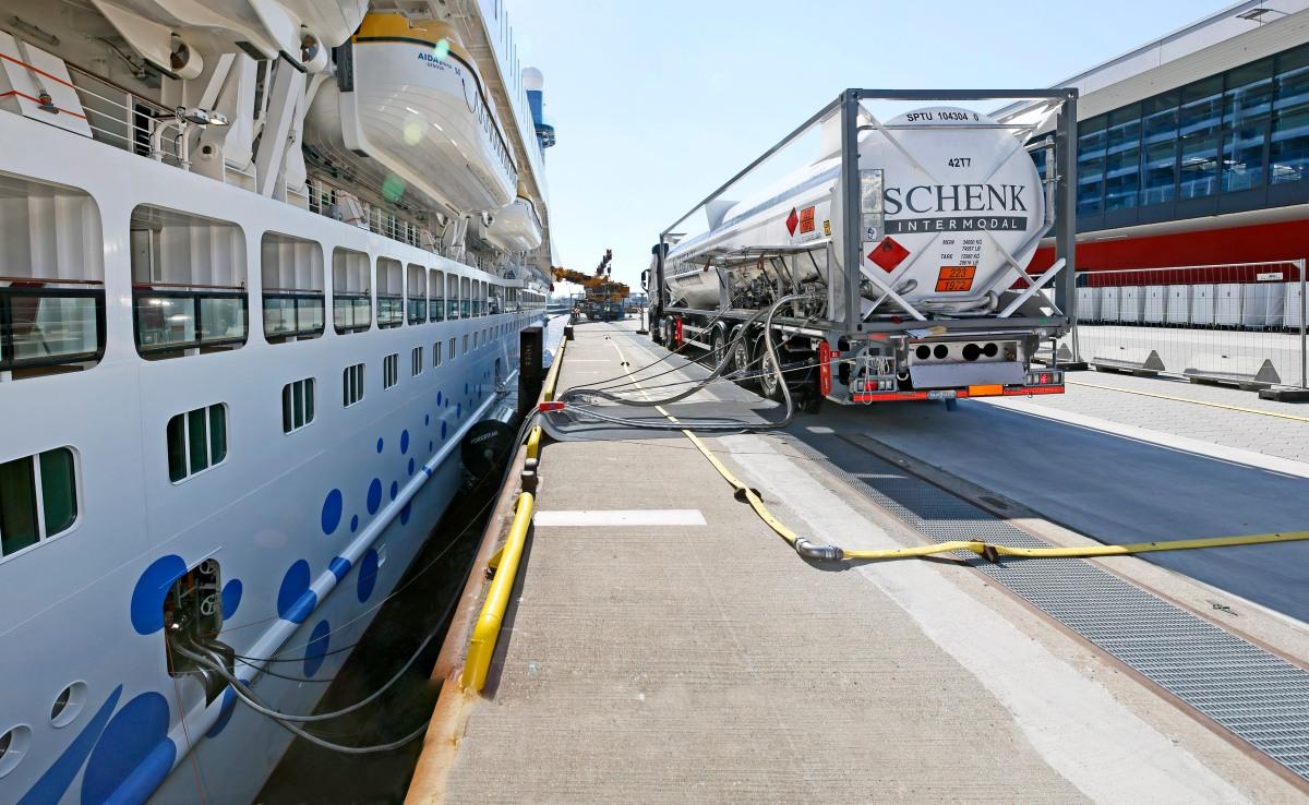 AIDA Cruises beginnt LNG Versorgung in Mittelmeerhäfen