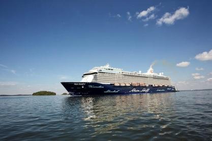 die_mein_schiff_5_auf_dem_weg_nach_deutschland_c_stefan_pielow_fr_tui_cruises