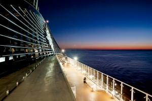 """SP_night deck_06.jpg"""