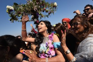 First private cruise wedding on Costa Fascinosa_Sana Baraat2