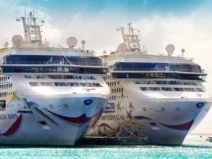 cruises-2078793_1920