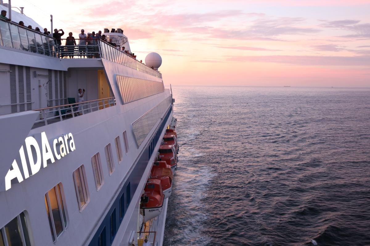 Weltpremiere: AIDAcara erobert als erstes Schiff von AIDA  Australien
